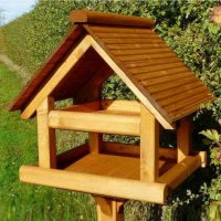 Premier Plus Bird table